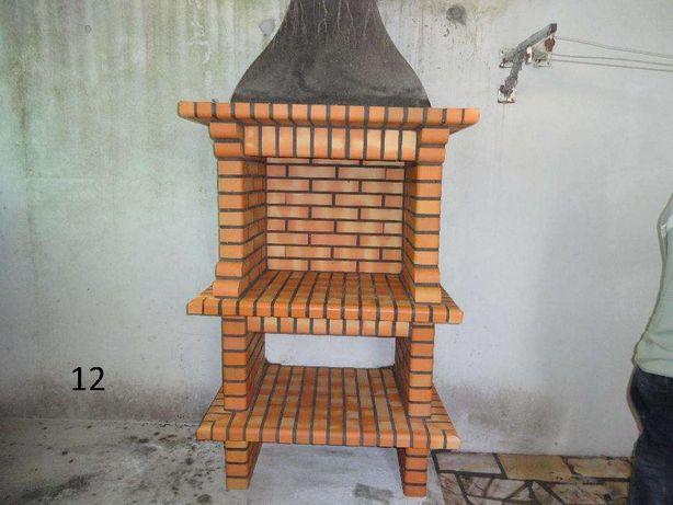 Churrasqueira simples em tijolo