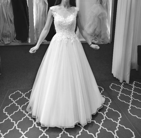 Suknia ślubna z trenem 34 Justin Alexander Ivory