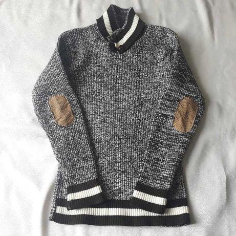 Теплий светр осінь- зима