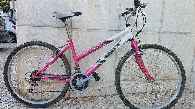 Bicicleta EMT roda 26
