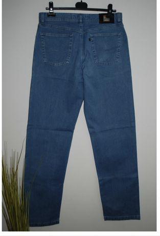 Мужские джинсы немецкого бренда Brax