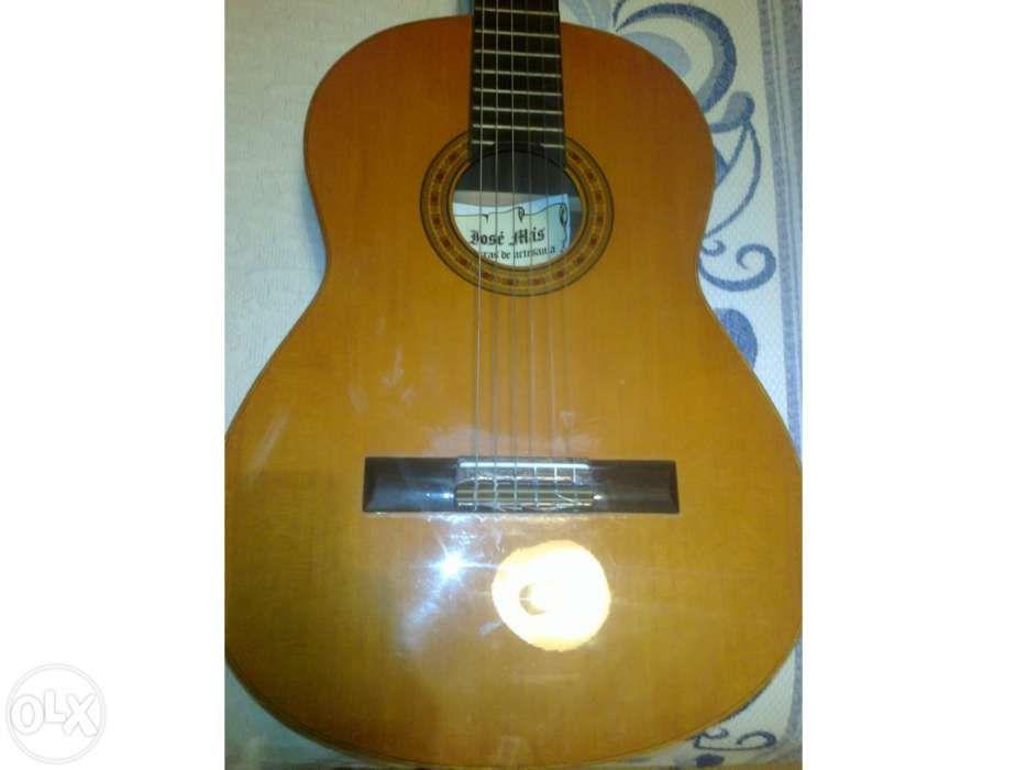 Repararação de violas e guitarras Beja (Santiago Maior E São João Baptista) - imagem 1