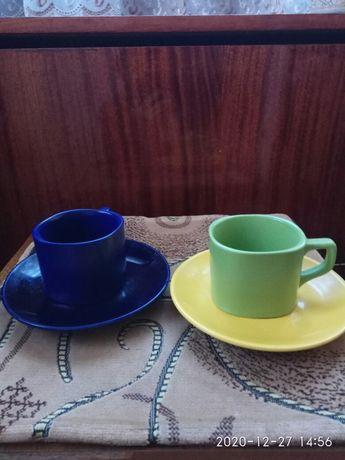 Две кофейные чашки