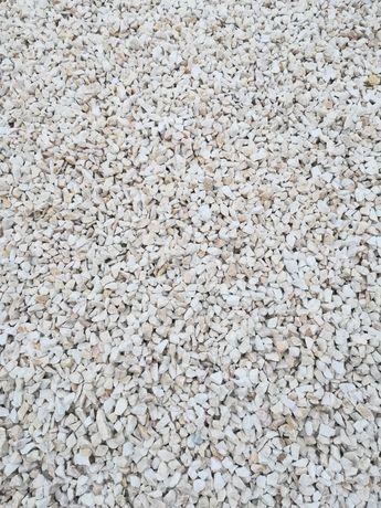 Kamień ogrodowy ozdobny Biała Marianna Grys granitowy Kora kamienna