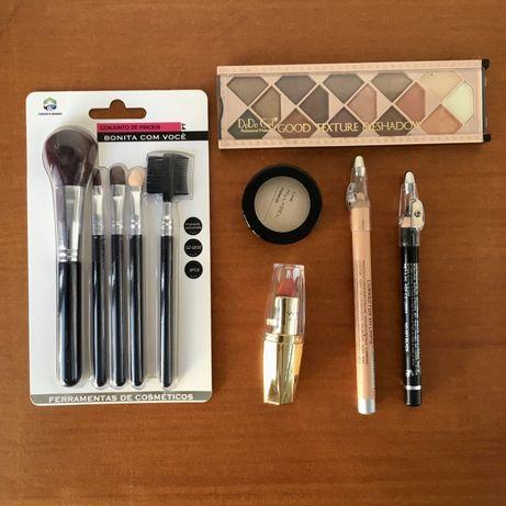Conjunto para cosmética -pincéis, sombras e baton - Novo c/oferta