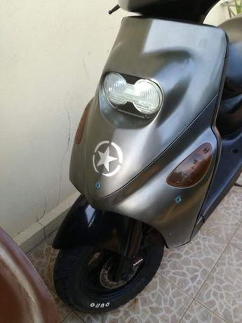 vendo ou troco scooter yamaha