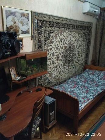 Отдельная комната м.голосеевская 5минут шагом