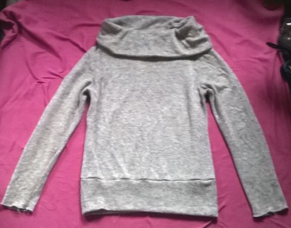 Szary sweterek z golfem L/XL