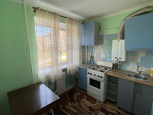 Продається 3 кімнатна квартира 63м2 в центр міста