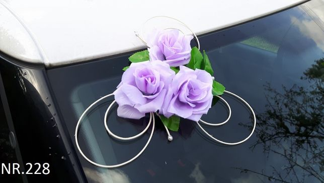 Liliowa dekoracja na samochód.Ozdoba na auto do ślubu/przybranie