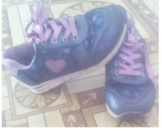 Кросівки-кроссовки-з-сердечками