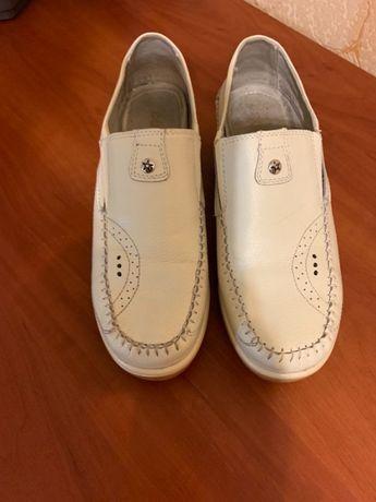 Туфли весенние, осенние.