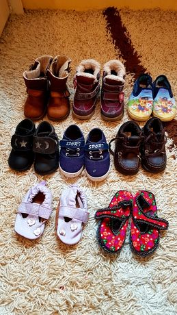 Взуття на хлопчика 20 - 26. Тапочки, кросівки, мокасини, чобітки