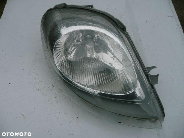 Renault Trafic II 2001 – 2014 LAMPA REFLEKTOR PRAWA PRAWY PRZÓD PRZEDNIA EUROPA VIVARO PRIMASTAR