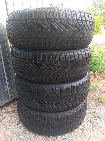 Резина зимова Michelin Alpin 6  205 55 R16
