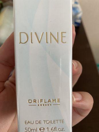 Divine Oriflame