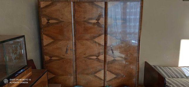 Szafa duża drewniana