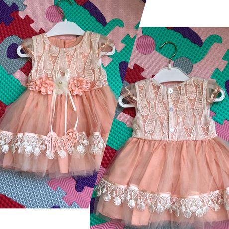 Красивое платье для девочки 3-6 месяца