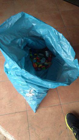 Nakrętki plastikowe