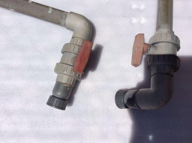 """Conjunto de 2 Torneiras em PVC 1.1/2"""" + Acessórios"""