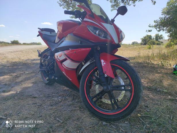Мотоцикл Viper r1