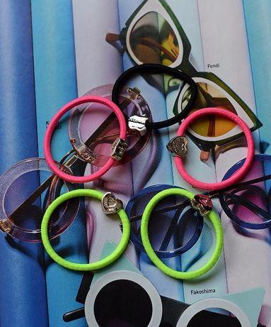Продам новые стильные разноцветные резинки для волос.