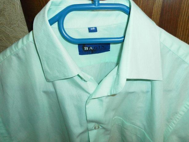 рубашка школьная на мальчика10-13 лет
