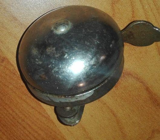 stary dzwonek rowerowy
