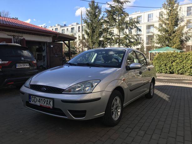 Ford focus mk1 sedan 2003 r