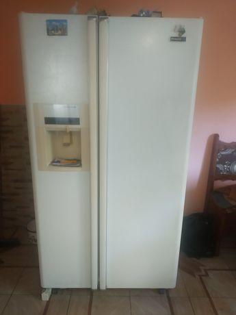 Продам Холодильник під ремонт