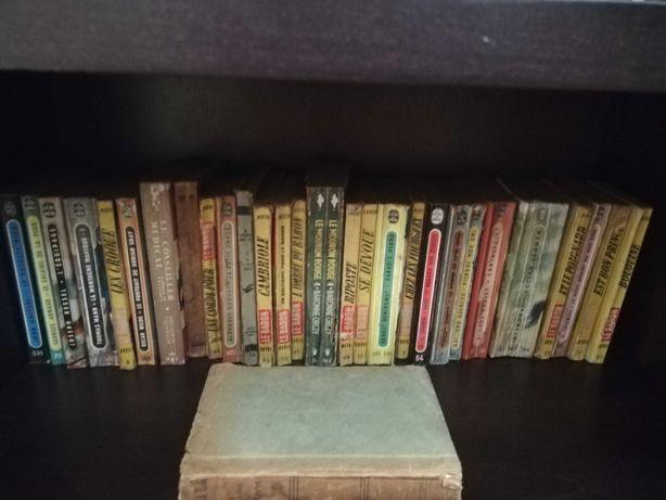 Livros antigos escritos em francês