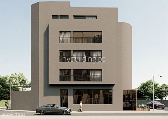 Apartamento com terraço e varanda no último piso em pleno coração da c