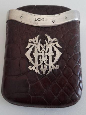 CHARUTEIRA em pele de crocodilo/prata antiga
