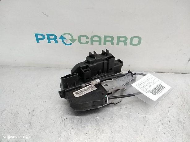 Fecho Da Porta Trás Esq Hyundai I30 Combi (Fd)