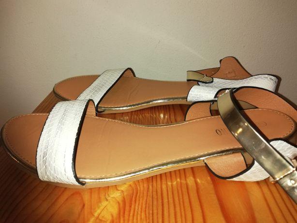 Eleganckie wizytowe sandałki rozmiar 40-41