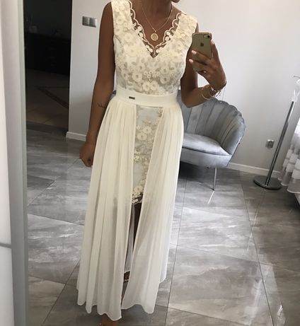 Długa sukienka, ślubna