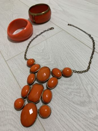 Оранжевый набор бижутерии