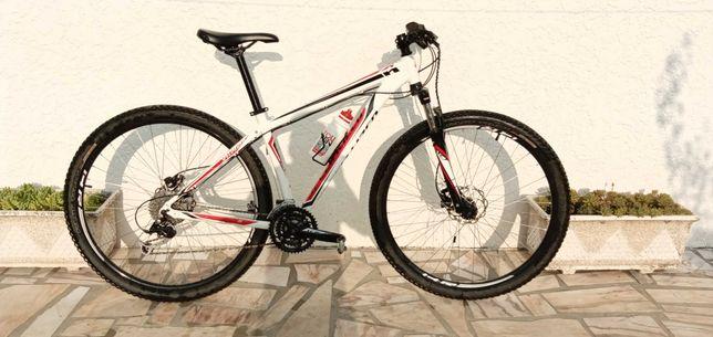 Vendo bicicleta Specialized HardRock, roda 29