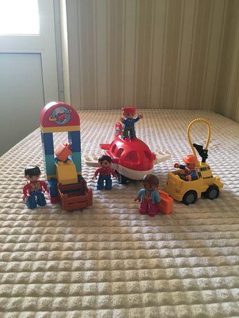 Lego Duplo «Самолет и пассажиры»