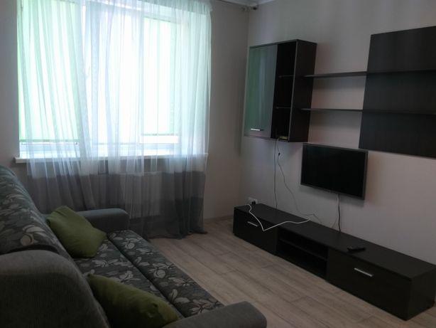 Сдам квартиру в ЖК Суворова! 7500грн.