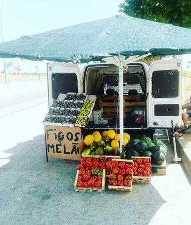 Tou a vender fruta