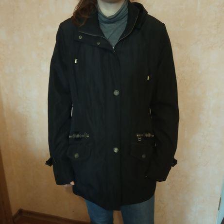 Куртка с капюшоном плащевка