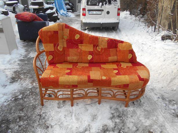 -- Sofa rattanowa
