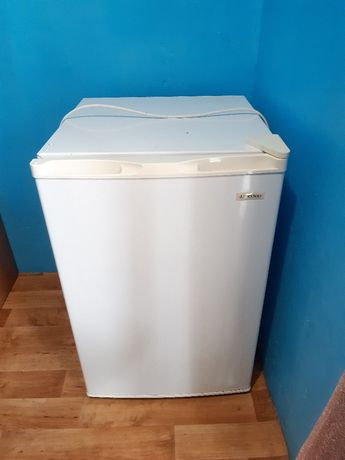 Продам холодильник liberton