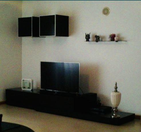 Conjunto sala (movel para TV + mesa de centro(wengue))