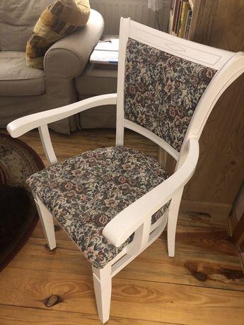 Krzesła drewniane, białe, jak nowe, tapicerowane, jakość, okazyjnie