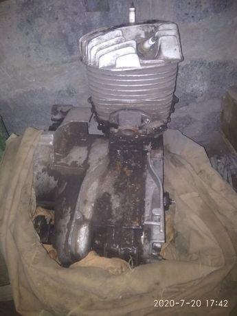 продам двигатель на ИНВАЛИДКУ ИЖ-3