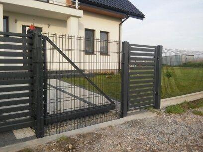 Ogrodzenie panelowe 1230/4mm RAL mb kompletu panele słupki obejmy