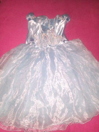 Продам платья детсикие