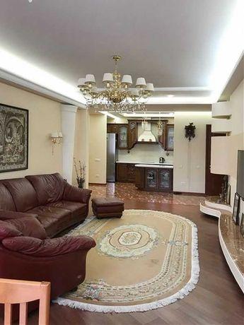 Квартира в классическом стиле в Аркадии. L